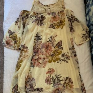 Flower Patterned Dress 🤍